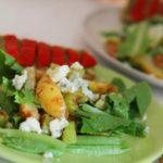Салат из яиц с маслинами