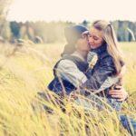 10 типичных признаков женской влюбленности
