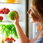 Как могут навредить съеденные вечером фрукты